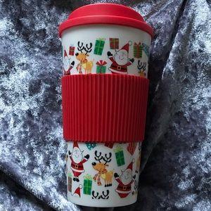 NWOT Reusable Christmas Cup Size 16 oz